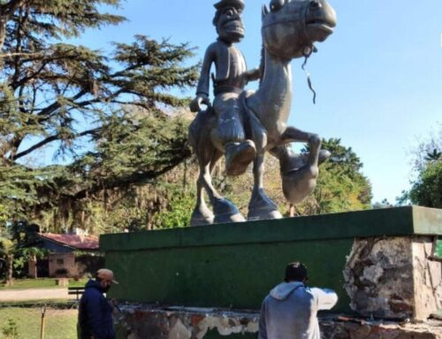 Restauran monumento emblemático de El Cazador