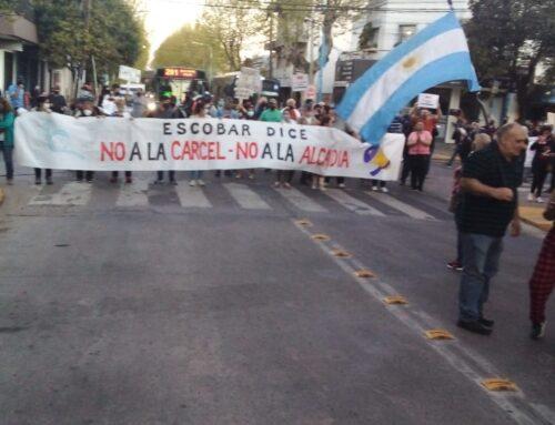 Continúan las protestas contra la construcción de la alcaidia